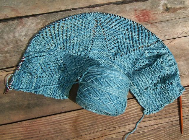 Cormo shawl start