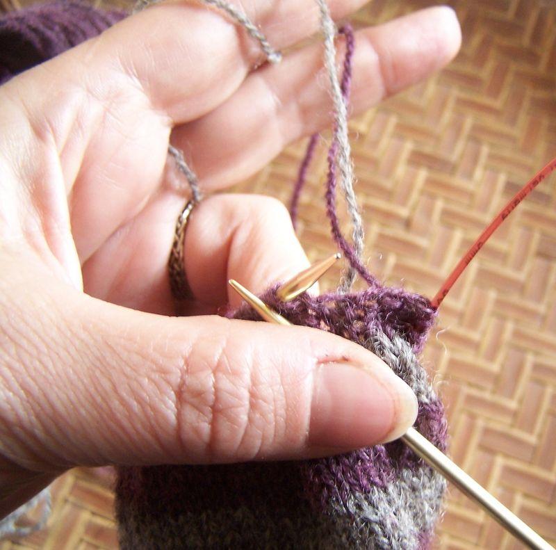 Loop yarn at first row