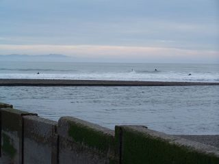 Bolinas_surfers