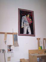 Elvis_is_in_the_building
