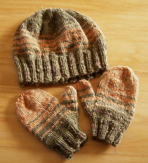 Hat & Mittens